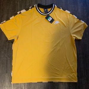 Nike NSW shortsleeve shirt size xl men